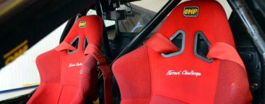 sedili da corsa interno auto da pista
