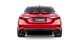 Posteriore Alfa Giulia con scarico Akrapovic