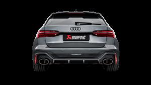 Posteriore Audi RS6 con scarico Akrapovic